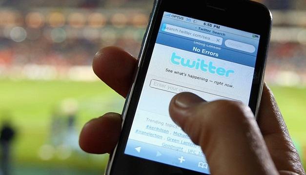 t1larg.twitter.phone.gi