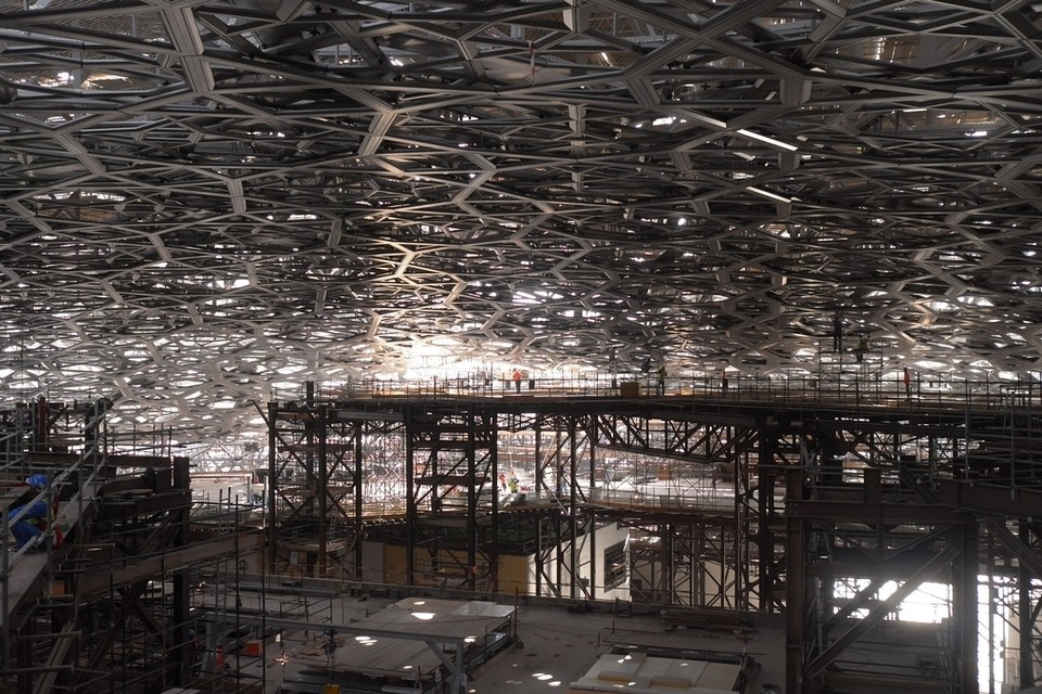 Elan the louvre abu dhabi s first rain of light drops shine through elan - Date construction du louvre ...