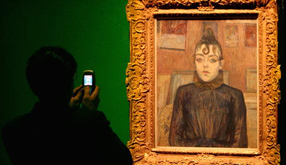 Tehran's famed modern art museum goes digital
