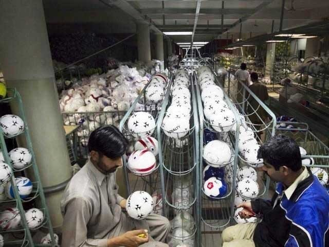 Footballs made in Pakistan to be used in FIFA World Cup 2018