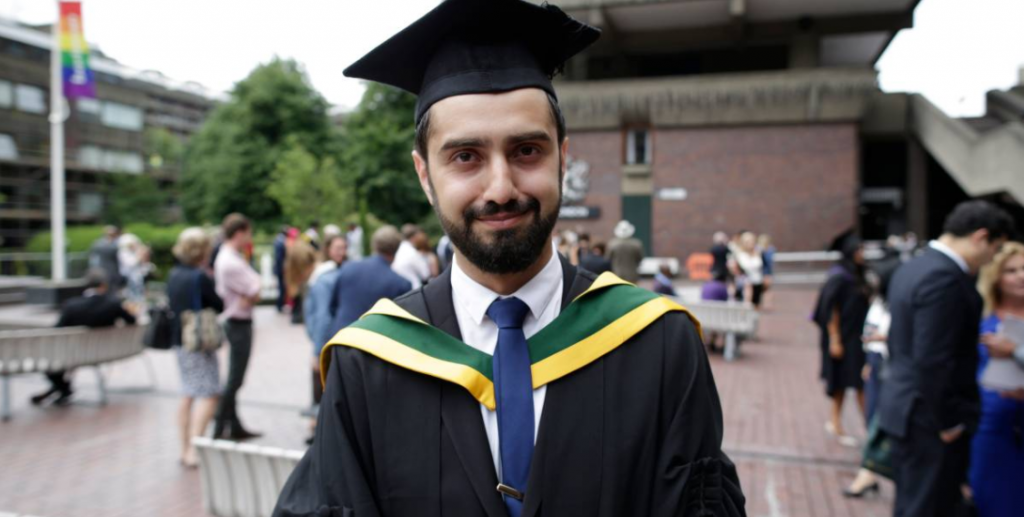 This Syrian Refugee Became a Doctor After Studying in Four Countries
