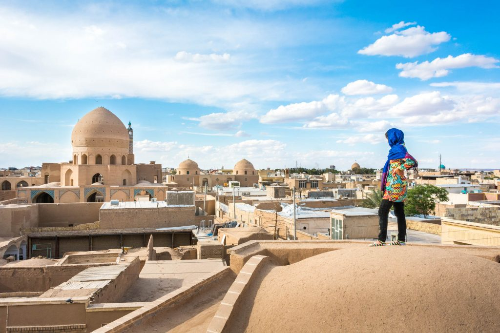 Iran Tourism: What about hitchhiking as a woman?